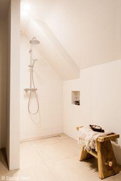 Bathroom designed by Studio Nest. www.studionest.nl