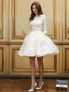 """Le choix de Pauline, journaliste société : la robe de mariée """"Alexis"""" de Delphine Manivet"""