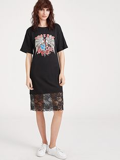 Buy it now. Black Graphic Print Lace Trim Tee Dress. Black Vintage Cotton Round Neck Short Sleeve Shift Midi Print Fabric is very stretchy Summer Tshirt Dresses. , vestidoinformal, casual, camiseta, playeros, informales, túnica, estilocamiseta, camisola, vestidodealgodón, vestidosdealgodón, verano, informal, playa, playero, capa, capas, vestidobabydoll, camisole, túnica, shift, pleat, pleated, drape, t-shape, daisy, foldedshoulder, summer, loosefit, tunictop, swing, day, offtheshoulder, s...