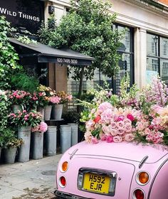 We had a total freak out in London when we saw this car, pic and car belong to ❤️ swoon! Super thrilled to be opening our… Nature Aesthetic, Flower Aesthetic, Aesthetic Photo, Pink Aesthetic, Aesthetic Pictures, Photo Wall Collage, Picture Wall, Pink Love, Pretty In Pink