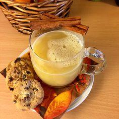 Gott med varm kryddig äppelmust i höstrusket. 🍎🍁  #höst #autumn #äppelmust #äpplen #kanel #honung #kryddnejlika #fallharvest #bucketlist #hallmarkchannel #lidingö #sweden