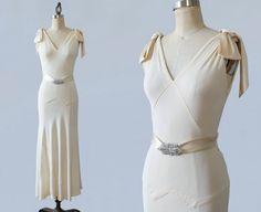 Hey, I found this really awesome Etsy listing at https://www.etsy.com/listing/237996874/1930s-wedding-dress-30s-silk-crepe-ivory