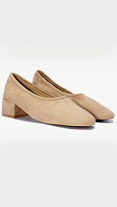 We named it as Socks Shoes because it fits like a socks! A classic soft suede small heel in Tan. Slip on shoe with round toe, suede uppers, leather lining, rolled cuff, small heel, matching suede cove