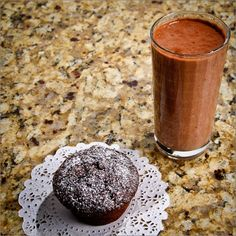 Craving something chocolatey? Try these moist and delicious chocolate applesauce cupcakes #LowGI #Vegetarian