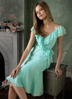 What do you guys think about a dress like this? I think this is absolutely adorable with the ruffled sleeves. And it would look good in this color: http://pinterest.com/pin/221169031670339917/