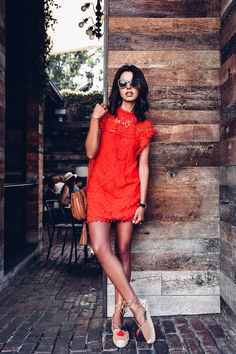 Moda 2019 Tendencias Mujer Vestidos For 2019 Red Dress Casual, Casual Summer Outfits, Cool Outfits, Fashion Blogger Style, Look Fashion, Fashion Bloggers, Dress Fashion, Luxury Fashion, Fashion Clothes
