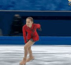 GIFs of fifteen-year old Russian figure skater Yulia Lipnitskaya performing in the team skate at the Sochi Olympics. Ice Skating Quotes, Figure Skating Quotes, Yulia Lipnitskaya, Russian Figure Skater, Figure Ice Skates, Gymnastics Flexibility, Skate Gif, Medvedeva, Ice Skaters