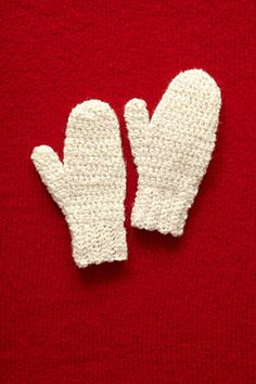 Ravelry: Holiday Mittens / Frosty Mittens pattern by Lion Brand Yarn