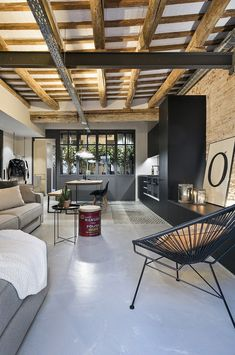 Creative Industrial Style Decor Ideas That You Can Create For Your Urban Living Space Apartment Industrial Design No. Industrial Apartment, Industrial House, Industrial Interiors, Industrial Decorating, Urban Industrial, Industrial Design, Industrial Furniture, Industrial Style, Casa Loft
