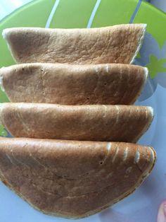 tortitas avena 8u 80 grs de copos de avena. Un huevo y 6 claras. 6 Cucharadas de queso fresco batido 0% Una pizca de levadura.