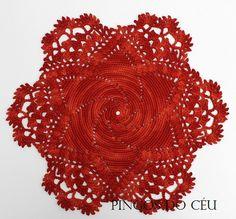 Red doily for Christmas Decor. 100% handmade. by pingosdoceu