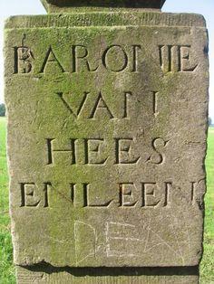 """Dit is de eerste paal die nog over is van de serie van 6 die is neergezet in het jaar 1762.De tekst van het verbaal over het plaatsen gaat als volgt: """"Wij ondergetekende gecommiteerden (bij formele acten), van onze hooge principalen (..)hebben ons op den 2e november 1762 vervoegt in de heide ontrent Hugten, ter plaatse van daer de linie scheydende de Barronnie Cranendonck en Heeze en Leende Klik op de afbeelding!"""