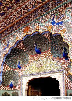 Een andere deur in het fort in Jaipur