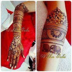 Mehndi Designs Book, Mehndi Design Pictures, Unique Mehndi Designs, Beautiful Henna Designs, Mehndi Patterns, Mehndi Images, Latest Mehndi Designs, Bridal Mehndi Designs, Bridal Henna