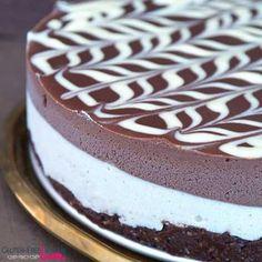 Raw Vegan and Gluten-Free Black and White Chocolate Cake Recipe {Paleo}