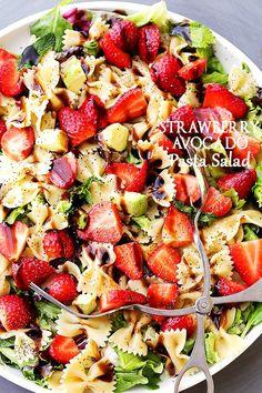 Strawberry Avocado Pasta Salad with Balsamic Glaze — part of The Best Picnic an… Erdbeer-Avocado-Nudelsalat mit Balsamico-Glasur – Teil der besten Picknick- und Potluck-Rezepte Potluck Recipes, Vegetarian Recipes, Cooking Recipes, Healthy Recipes, Best Pasta Salad, Pasta Salad Recipes, Recipe Pasta, Bowtie Pasta Salads, Pasta Salad With Avocado