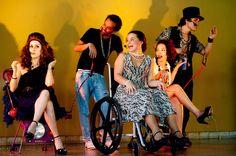 O espetáculo conta com  intérprete de Libras, legenda eletrônica, audiodescrição das cenas, programas em braile, visita guiada ao cenário, atendimento prioritário para pessoas com deficiência e reserva de assentos para pessoas com deficiência e/ou mobilidade reduzida