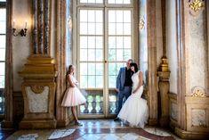 Hochzeitsfotograf Salzburg - standesamtliche Trauungen Schloss Mirabell One Shoulder Wedding Dress, Wedding Dresses, Fashion, Creative Pictures, Registry Office Wedding, Getting Married, Marriage, Bride Dresses, Moda