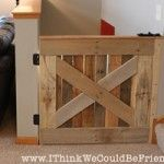 Palette Wood Baby & Pet Gate