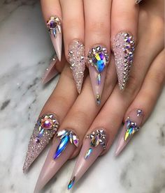 7 Nail Art Designs With Rose Gold Color Take a look! : If you know the importance of good nail design, give much stress to these Nail Art Designs With Rose Gold Color you will get clicking here. Ongles Bling Bling, Rhinestone Nails, Bling Nails, Rhinestone Nail Designs, Prom Nails, Nail Art Rhinestones, Bling Nail Art, Swarovski Nails, Stylish Nails