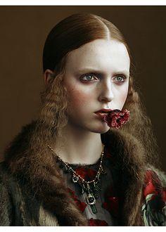 photo de mode : Kiki Xue, style Renaissance, portrait de femme