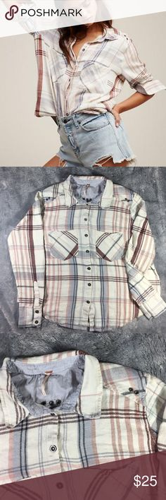 """Free People Plaid Button Up Size small Free People button up. Pit to pit 22"""" length 24"""". Light signs of wear but overall good condition. NO TRADES Free People Tops Button Down Shirts"""