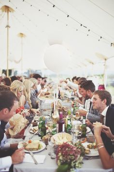 22 of the Hottest Wedding Trends for 2015 via Brit + Co.