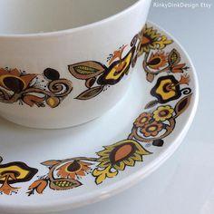 Items similar to Vintage J G Meakin / Bali Studio Pottery Range / Sugar Bowl & 2 Plates / flowers, warm colours / Retro England, Alan Rogers designer on Etsy Sugar Bowl, Bali, Tea Cups, Pottery, Range, Studio, Tableware, Etsy, Vintage