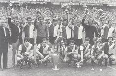 Glorieuze huldiging 10 mei 1970 van Feyenoord in De Kuip. Delft, Rotterdam, History, Concert, Sports, Hs Sports, Historia, Excercise, Concerts