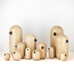 Petit oiseau en bois Little Bird - Normann Copenhagen Norman Copenhagen, Copenhagen Design, Wooden Bird, Wooden Animals, Wood Turning Projects, Blog Deco, Designer Toys, Bird Design, Wooden Crafts