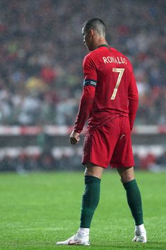 Portugal's forward Cristiano Ronaldo in action during the FIFA World Cup Russia 2018 preparation football match Portugal vs Algeria, at the Luz stadium in Lisbon, Portugal, on June 7, 2018. (Portugal won 3-0) ( Photo by Pedro Fiúza/NurPhoto via Getty Images)