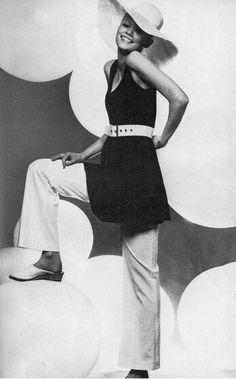 Vogue UK 1969  Mouche by Just Jaeckin