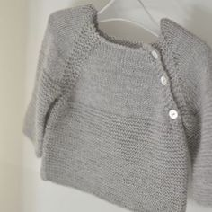 Cute Cropped Sweater with Side Collar Buttons