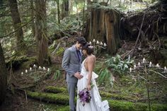 Into the Woods: An Oregon Elopement Styled Session http://www.outrebride.com/bliss/into-woods-oregon-styled-session/