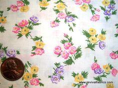 Sweet Petite Roses - Vintage Cotton Fabric - VCS653