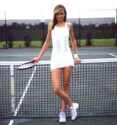 Senior Picture Tennis Photoshoot Idea