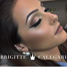 Instagram media by maquiagembrasill - Uma obra de Arte  @brigittecalegari @brigittecalegari   . . Follow our page to see  all our daily updates!  @maquiagembrasill  Siga o nosso Instagram para ficarem por dentro de nossas atualizações diárias   #makeupofday #maquiagembrasill @makeupartists_worldwide  #maryhadalittleglam #laurag_143 #motivescosmetics #hudabeauty #peachyqueenblog #hairmakeupdiary #wakeupandmakeup #slave2beauty #makeupartistsworldwide #GlamVids #allmodern...