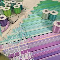 Ingunn Birkeland - Skaper for stjernene Weaving Art, Hand Weaving, Textiles, Sewing Studio, Fabric Manipulation, Fashion Sewing, Berlin Fashion, Textile Art, Eat Cake