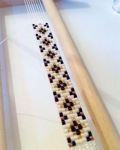 Personalized Photo Charms Compatible with Pandora Bracelets. Toi je sens que tu vas me plaire! Loom Bracelet Patterns, Bead Loom Bracelets, Bead Loom Patterns, Woven Bracelets, Beaded Jewelry Patterns, Beading Patterns, Pandora Bracelets, Bead Loom Designs, Seed Bead Tutorials