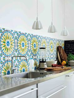 Gorgeous tiles on this splash back bring this kitchen to life.. pinned with Pinvolve - pinvolve.co