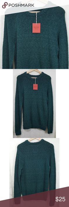 NWT Mossimo Cable Knit Sweater NWT Mossimo Cable Knit Sweater in Hunter Green. Size S. Smoke free home. Mossimo Supply Co. Sweaters