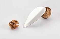 KRTZ-walnut opener