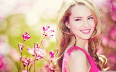 Bridget Mendler, she's so beautiful!