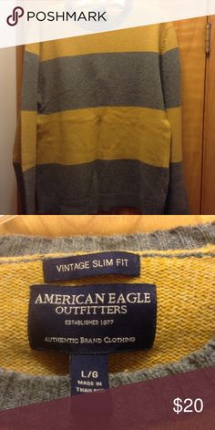 American Eagle Outfitter crew neck sweater Yellow and gray crew neck sweater American Eagle Outfitters Sweaters Crewneck