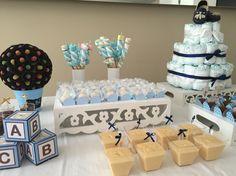 Detalhes nos doces da mesa do Chá de Bebê