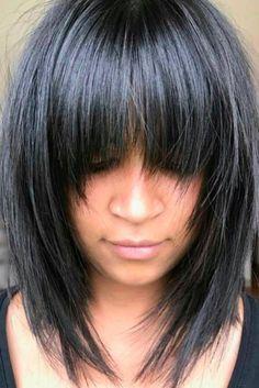 Awesome full fringe hairstyle ideas for medium hair 31