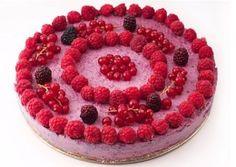 tort de fructe de pădure (1) Raw Vegan Recipes, Raspberry, Deserts, Workouts, Food, Strength Training Workouts, Desserts, Eten, Raspberries