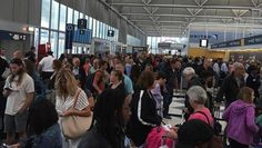 All United Airlines flights were grounded for almost two hours early Wednesday due to a computer hardware problem, creating travel headaches for tens of thousands of passengers that stretched into the afternoon.