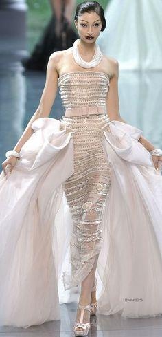 www.2locos.com  Christian Dior Haute Couture Fall 2008