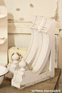 corbels...sigh.  i need some of these for my kitchen makeover.